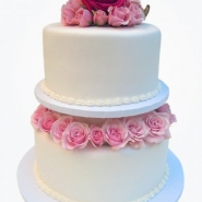 tiered-rose-wedding-cake